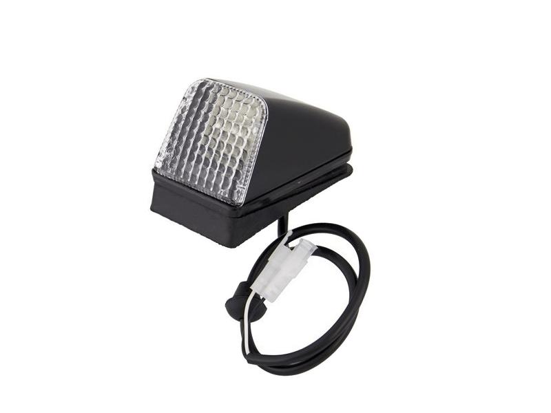 Volvo LED Oberlicht mit Klarglas und weißem LED - geeignet für 24 Volt - zur Montage auf Ihrem Kabinendach und mehr - EAN: 6090547860889